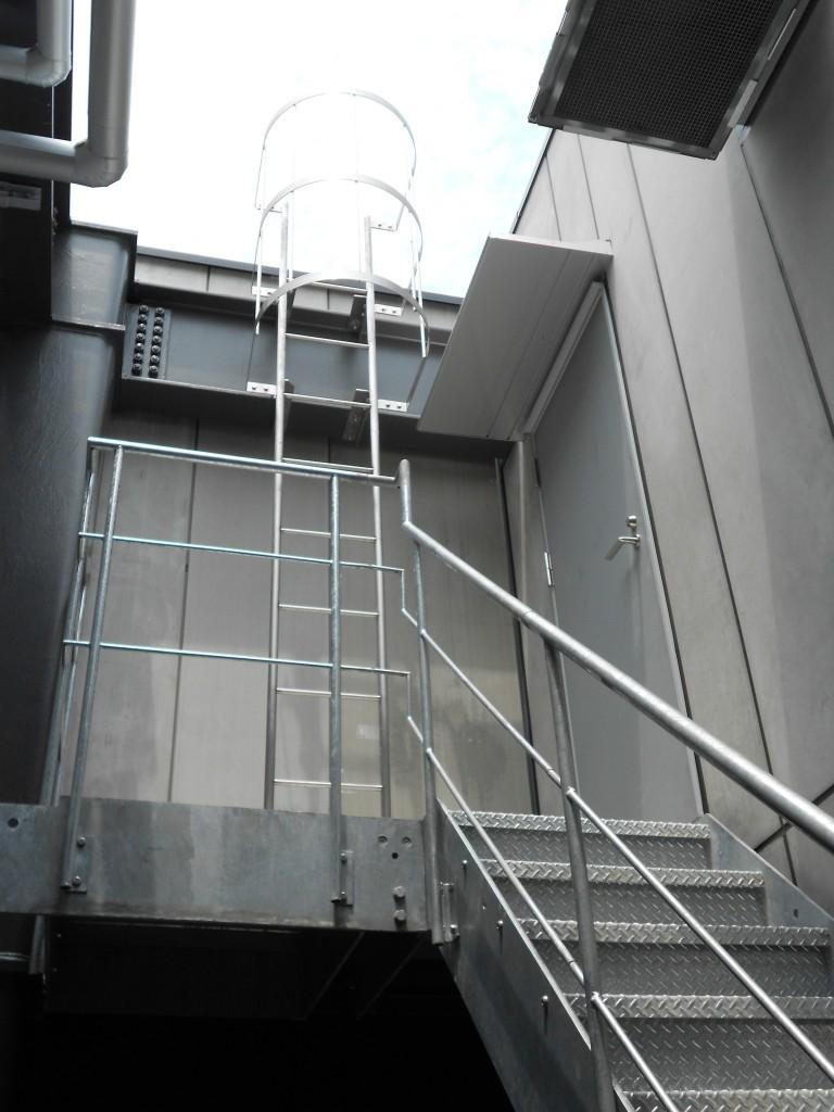 建築金物・製作金物の設計・施工のことなら柘進工業株式会社にご相談ください。